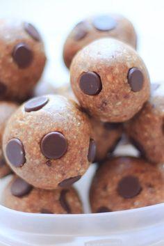 Only 3 ingredients! Nut Free Banana Chocolate Chip Lara Bars