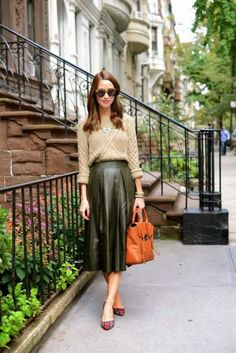 Pleated Gray Leather Skirt 2017 Street Style