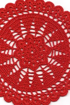 Doily size: in diameter. Vintage Handmade Crochet Doily Lace Lacy Doilies Wedding Decoration Home Decor Flower Mandala Dream Catcher Crocheted Pineapple Round Red Modern Style Handmade crocheted doily from high quality 100 % mercerized cotton t Crochet Doily Patterns, Crochet Doilies, Crochet Flowers, Crochet Doily Diagram, Doily Wedding, Wedding Vintage, Vintage Lace, Trendy Wedding, Vintage Modern