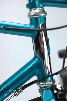 Matthew Sowter of Saffron Frameworks built a beautiful bi-lam frame for Cyclefit UK, the colour inspired by a '63 Buick: