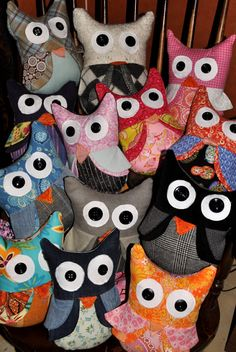 Scrap fabric owls - make these to sell at garage sale?