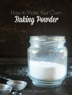 Did you know baking powder is easy to make yourself? Find out how with this easy, corn-free, aluminum-free DIY baking powder recipe! Homemade Baking Powder, Baking Powder Recipe, Homemade Spices, Homemade Seasonings, Substitute For Baking Powder, Real Food Recipes, Cooking Recipes, Free Recipes, Make Your Own