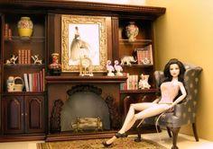 Plaza Mildendo - La casa de los artesanos de Mildendo City - La Casa de artesanos de la ciudad de Mildendo, Chair is Viceroy ll , By Bespaq, designed by King William Miniatures, Lisa Neault