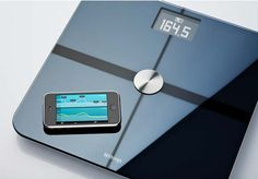 One scale I wouldn't mind getting as a gift. High-tech, user-friendly body-scale that measures the weight, fat mass, and BMI of up to 8 users Body Weight Scale, Body Scale, Ipod Touch, Best Bathroom Scale, Bathroom Scales, Holiday Workout, Fitness Gadgets, Ipad, Packaging