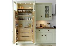 70 Tiny House Kitchen Storage Organization and Tips Ideas tinyhousekitchens A smart kitchen design &; 70 Tiny House Kitchen Storage Organization and Tips Ideas tinyhousekitchens A smart kitchen design &; KleinJule Home sweet Home- […] Homes Diy layout Kitchen Pantry Design, Kitchen Pantry Cabinets, Kitchen Interior, Kitchen Dining, Kitchen Shelves, Kitchen Small, Smart Kitchen, Small Bathroom, Pantry Room
