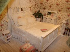 mini bedroom~ love the stool and wallpaper