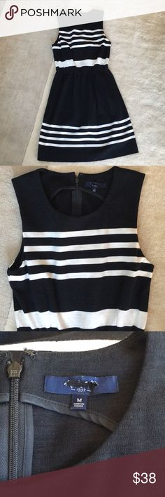 Madewell black dress with stripe Simple and classic, only worn once, in great condition, size m, but run slightly small, fit xs-s the best. Label was cut, but no other flaws Madewell Dresses