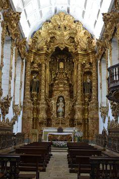 Mosteiro de Tibães - Foto Amanda Corrêa Sacred Architecture, Cultural Architecture, Baroque Architecture, Religious Architecture, Church Architecture, Historical Architecture, Beautiful Architecture, Braga Portugal, Catholic Altar