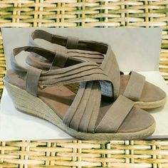 Shoes, skechers Shoes, skechers, khaki, tan, (fabric upper, man made balance) Skechers  Shoes Sandals