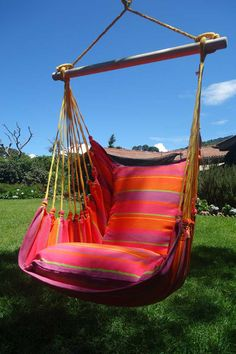 """- Beautiful Extra Large Hammock Chair That is Mold and Fade Resistant - Artisan Hand Crafted Fabric to Last for Years of Enjoyment - Includes Two Matching Pillow Shams (Requires 2 24"""" Pillows to fill"""