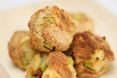 Polpette di patate e zucchine - Fidelity Cucina Biscotti, Cauliflower, Hamburger, Vegetables, Food, Cauliflowers, Hamburgers, Veggie Food, Burgers