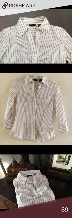 New York & Company dress blouse XS white striped Beautiful fitted New York & Company Stretch  dress blouse. XS. White with black stripes. 61% cotton, 37% polyester, 2% spandex. Machine washable! Gorgeous. New York & Company Tops Button Down Shirts
