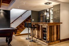 small bar in basement bar au sous-sol original Exposed Basement Ceiling, Basement Ceiling Insulation, Basement Ceiling Painted, Basement Ceiling Options, Ceiling Ideas, Basement Stairs, Modern Basement, Basement Ideas, Bar Billard