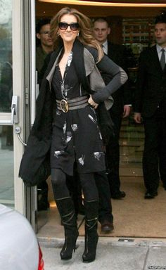Celine Dion, Jean Outfits, Casual Outfits, Quebec, Martina Mcbride, French Fashion, Fashion Wear, Belle Photo, My Idol