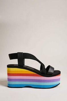 5760ee19dd1f84 Product Name Rocket Dog Rainbow Platform Sandals