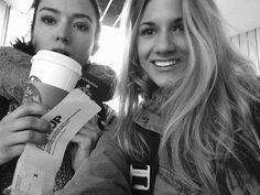 Elise Bauman @Elise3aum Goodbye LA sun ☀️ See ya soon NYC #CarmillaAtNYComicon ✈️✈️