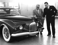 Virgil Exner and Ghia's Luigi Segre discuss Chrysler K-310, Ex's first show car and his answer to Harley Earl's GM Motorama fare. Exner attempted to blend Italian with American design.