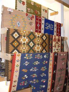 Galerie MTR - Muzeul National al Taranului Roman Still In Love, Bucharest, Eastern Europe, Oriental Rug, Cottages, Folk, Weaving, Carpet, Textiles