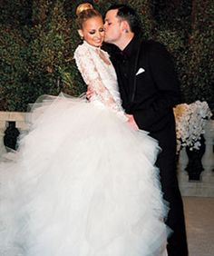 I <3 Nicole Richie Madden... they are adorable.. i hope they dont split like every other Hollywood couple :-/