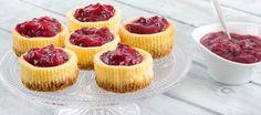 Lekkere kleine cheesecakejes met cranberry topping voor de high tea