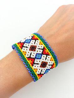Items similar to Mexican Huichol beaded bracelet on Etsy Loom Bracelet Patterns, Bead Loom Bracelets, Bead Loom Patterns, Seed Bead Jewelry, Boho Jewelry, Beaded Jewelry, Beaded Necklace, Collar Indio, Handmade Necklaces