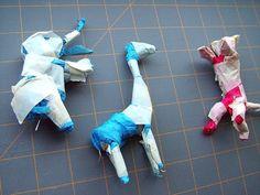 small world land: Paper Mache Circus Animals Clay Crafts, Paper Crafts, Circus Activities, Paper Mache Animals, First Art, Halloween 2019, Small World, Origami, Miniatures