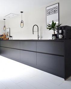 Make way for kitchen linens! Home Kitchens, Kitchen Remodel, Kitchen Design, Modern Kitchen Storage, Kitchen Inspirations, Kitchen Decor, Modern Kitchen, Kitchen Interior, Kitchen Linens