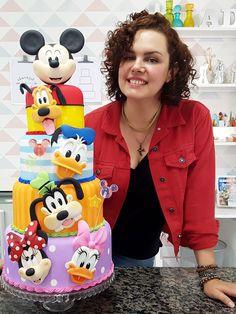 Minni Mouse Cake, Bolo Do Mickey Mouse, Mickey And Minnie Cake, Fiesta Mickey Mouse, Minnie Mouse Birthday Cakes, Bolo Minnie, Mickey Mouse Clubhouse Birthday, Mickey Party, Friends Cake