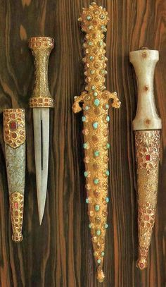 Gem encrusted Indo-Persian scabbards, 17th century, Dresden Armory (Rüstkammer) in Zwinger Palace.