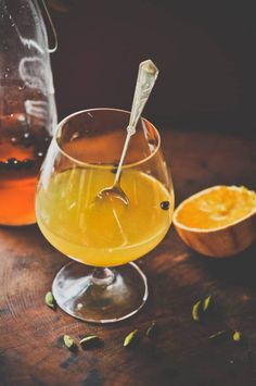 How to make a gin hot toddy...