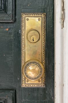 Antique Egg And Dart Pattern From 1900 On A Door In Charleston Sc