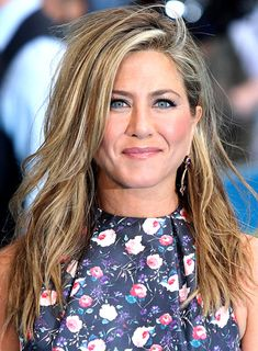 sexy hairstyles | Jennifer Aniston's Long, Tousled, Blonde, Sexy Hairstyle