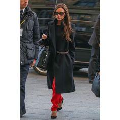 Виктории Бекхэм исполняется 41  самые яркие выходы звезды за год Модные  Тенденции, Модные Наряды 860ebfe4f50