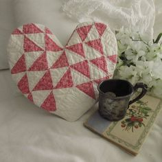 Quilt Display, Primitive Country, Hot Pads, Country Decor, Doilies, Pink, Things To Think About, Throw Pillows, Decorating