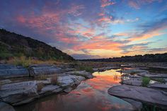 Pedernales Falls State Park (Photo by Eric W. Pohl) Best way to take in views – take a hike! Or nine hikes. :) It truly is simply divine. Hiking In Texas, Texas Travel, Pedernales Falls State Park, Texas Sunset, Country Landscaping, Park Photos, Texas Hill Country, Best Hikes, Vacation Spots