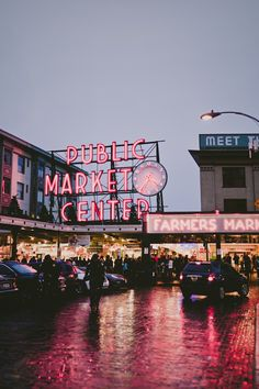 Random Awesome Pictures, Pike Street Market, Seattle WA