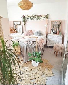 Bohemian Bedroom Decor, Boho Room, Ikea Boho Bedroom, Bedroom Rustic, Bohemian Interior, Aesthetic Rooms, Cozy Aesthetic, Minimalist Bedroom, Modern Bedroom