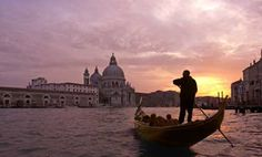 Venice Gondola Ride and Serenade with Dinner in Italy Europe Pablo Neruda, Oh The Places You'll Go, Places To Visit, Venice Tours, Venice Travel, Italy Travel, Romantic Things To Do, Romantic Places, Wanderlust