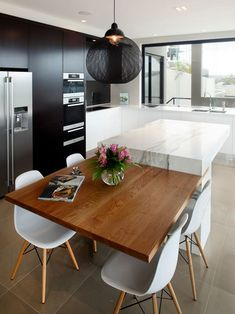 There is a lot of people today, tend to have modern kitchen design ideas for their new house. However, there is a lot of things that you need to know before creating modern kitchen design. Contemporary Kitchen Cabinets, Small Space Kitchen, Contemporary Kitchen Design, Contemporary Kitchen, Kitchen Cabinet Remodel, Kitchen Island Dining Table, Small Modern Kitchens, Modern Kitchen Design, Minimalist Kitchen