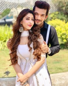 AB with costar sonarika Sonarika Bhadoria, Designer Anarkali Dresses, Couple Photoshoot Poses, Bollywood Actress Hot Photos, Dress Indian Style, Indian Wear, Indian Bridal Fashion, Kurti Designs Party Wear, Thing 1