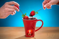 It's a Valentine's tart warmer designed with chocolate fondue in mind! 6;{