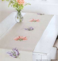 This Pin was discovered by Ecr Cross Stitch Needles, Cross Stitch Rose, Cross Stitch Flowers, Cross Stitching, Cross Stitch Embroidery, Embroidery Patterns, Cross Stitch Patterns, Tablecloth Curtains, Tablecloths