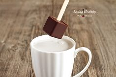 3½ tablespoons 100% dark, unsweetened chocolate 2½ tablespoons cacao butter 2 tablespoons raw coconut palm sugar 1 tablespoon raw honey ¼ teaspoon vanilla, ground 1 teaspoon ground coffee pinch of salt