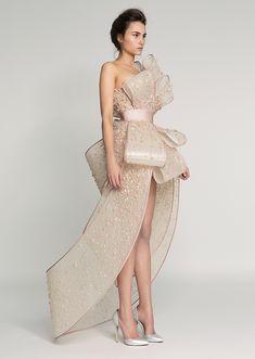 Rami Al Ali / SPRING '17 / haute couture #jadealyciainc www.jadealycia.com