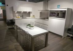 keuken idee Kitchen Island, New Homes, Home Decor, Island Kitchen, Decoration Home, Room Decor, Home Interior Design, Home Decoration, Interior Design