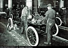 Michigan History: Following the invention of the automobile, the automotive industry in Michigan exploded with the establishment of the Ford Motor Company, General Motors and Chrysler mass-production plants.   ~Shown HERE: FORD MOTOR COMPANY in the early 1900's, showing the assembly line. (More info on Ford in later pins.)    http://previews.agefotostock.com/previewimage/bajaage/0255803ef4ce325239656bf432ac22df/ERE-ZSDFOAS-CS002-H.jpg