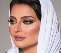 Beauty Lounge, Bridal, Makeup, Fashion, Make Up, Moda, Fashion Styles, Beauty Makeup, Fashion Illustrations