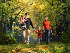 Balade en foret automne famille