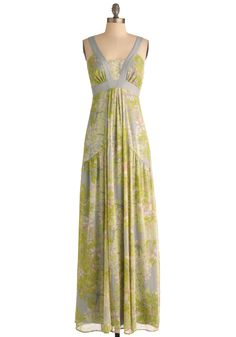 Garden Party Goddess Dress -- I don't usually go for the long dresses, but this one caught my eye!
