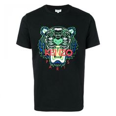 Shop Kenzo Tiger Print T-shirt In Nero from stores. Tiger Print T-shirt from Kenzo: Black Tiger Print T-shirt with round neck, short sleeves and straight hem. Kenzo, T-shirt Tigre, Surf, Design T Shirt, Print Design, Tiger T Shirt, Jeans And Sneakers, Tiger Print, Tee Shirts